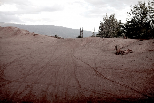 Clifftop-with-bike-tracks