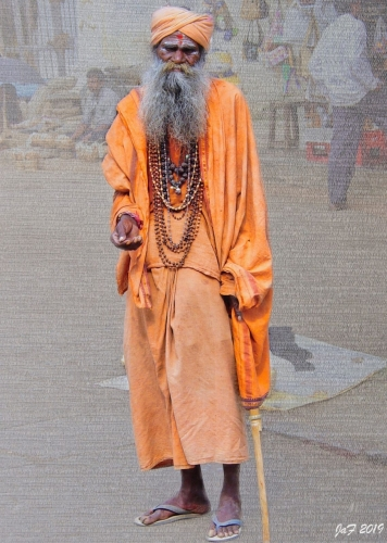Indian-beggar-in-orange