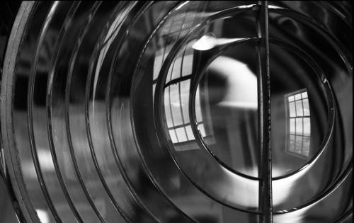 Nan Sincero Lighthouse Lens